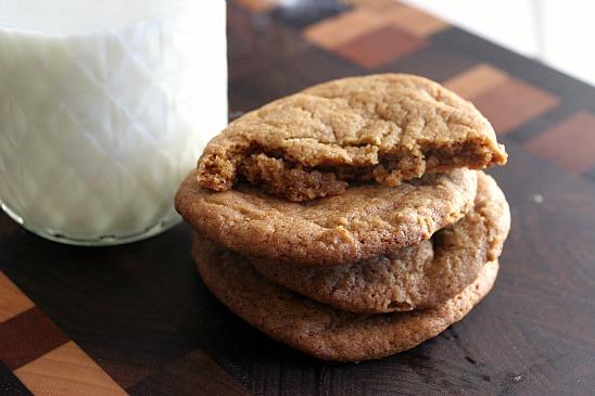 ChickandBee-molassescookies8